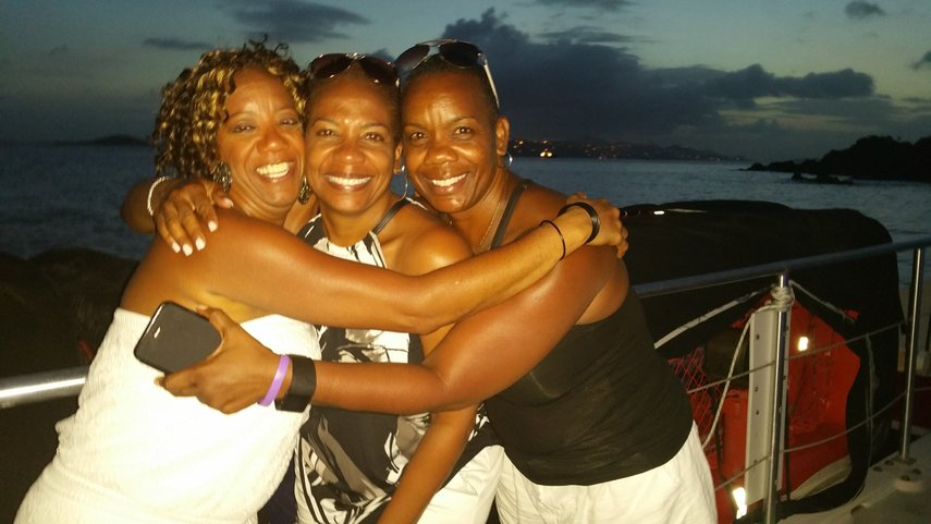 sisterly love#VacationLife via @Vistana