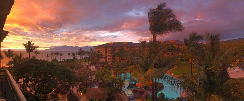 Westin Ka'anapali Villas Sunset and Rainbows #VacationLife via @Vistana