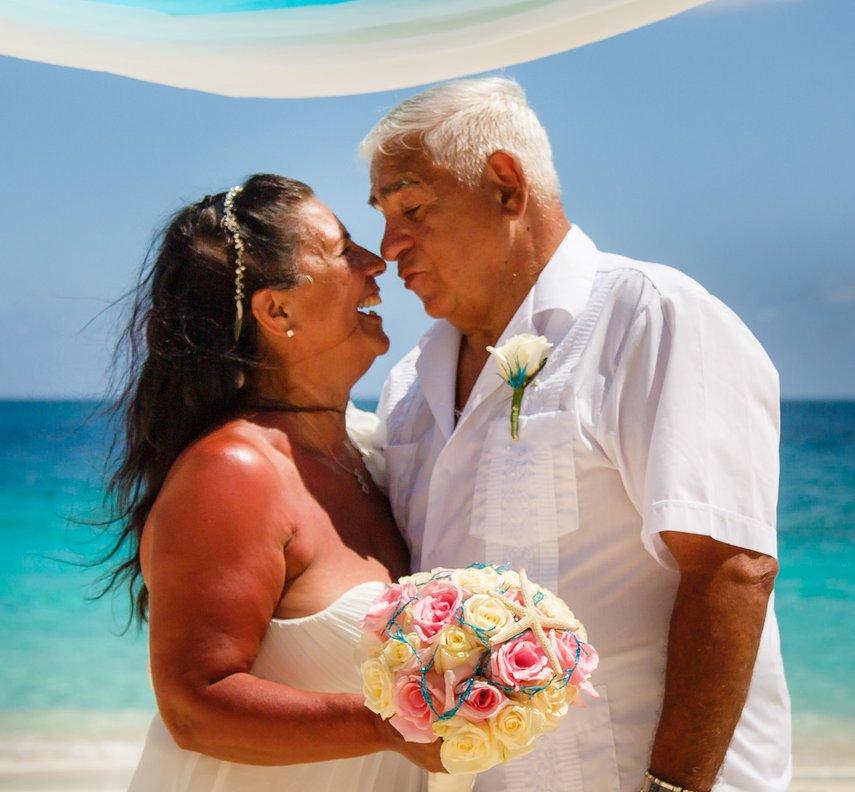 renewal vows#VacationLife via @Vistana