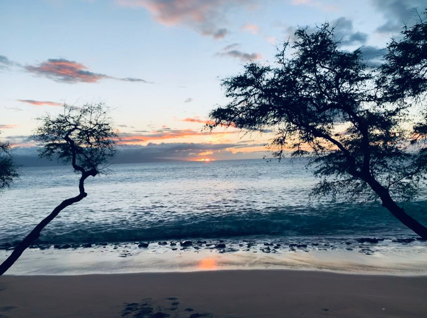 Distressing in to a Maui sunset  #VacationLife via @Vistana