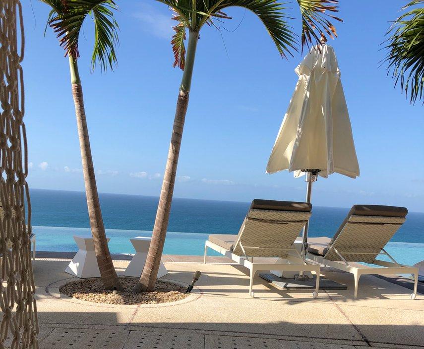 Owners pool#VacationLife via @Vistana