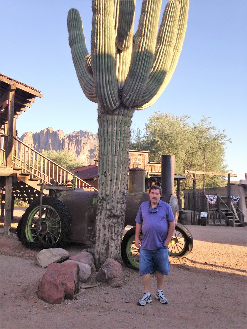 Cactus this tall? Unbelievable#VacationLife via @Vistana