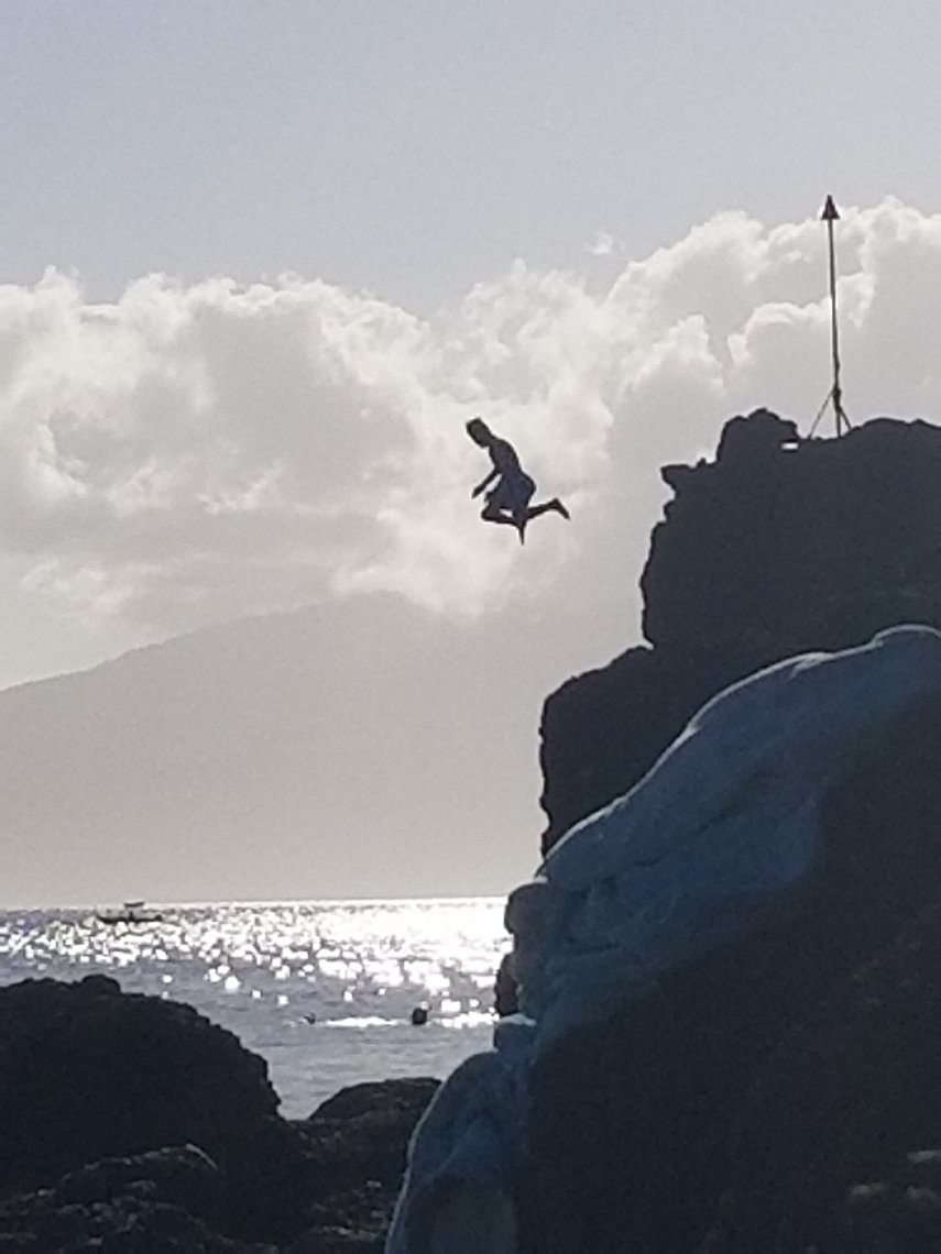 Black Rock Jump#VacationLife via @Vistana