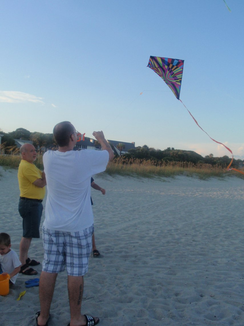 Just before sunset is a great time to fly kites at the north end of Myrtle Beach#VacationLife via @Vistana