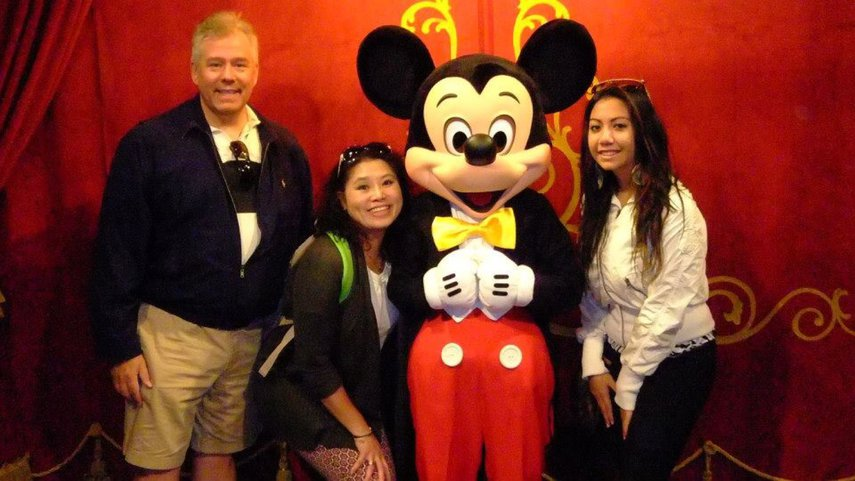 Meeting Mickey during a trip to Disney in Orlando#VacationLife via @Vistana