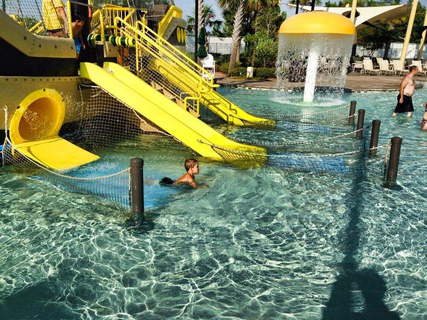 4th Bday in the Sheraton Broadway Plantation pool#VacationLife via @Vistana
